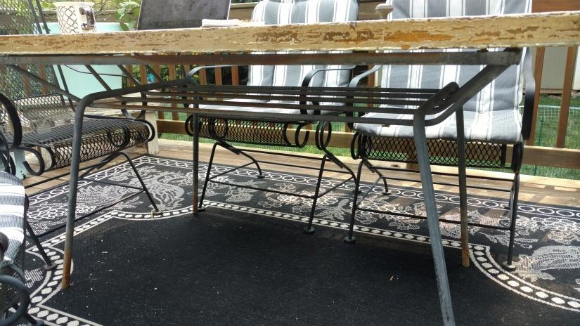 patio table base.jpg